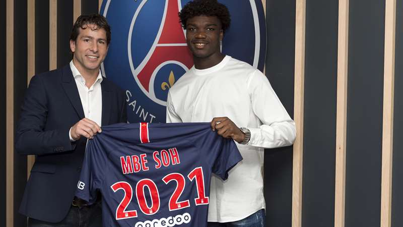 First professional contract for Loïc Mbe Soh | Paris Saint-Germain